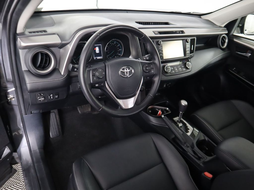Pre-Owned 2017 Toyota RAV4 Hybrid Limited AWD
