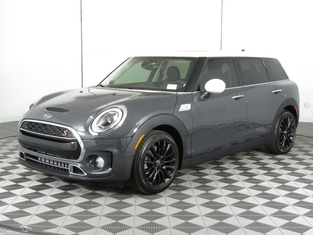 New 2019 MINI Cooper S Clubman COURTESY VEHICLE