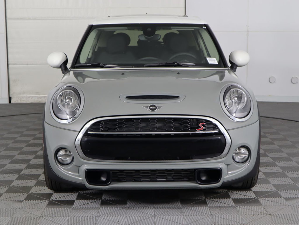 New 2019 MINI Cooper S Hardtop 4 Door COURTESY VEHICLE