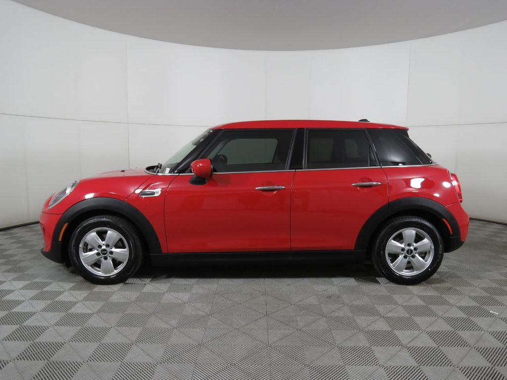 Pre-Owned 2020 MINI Cooper Hardtop 4 Door COURTESY VEHICLE