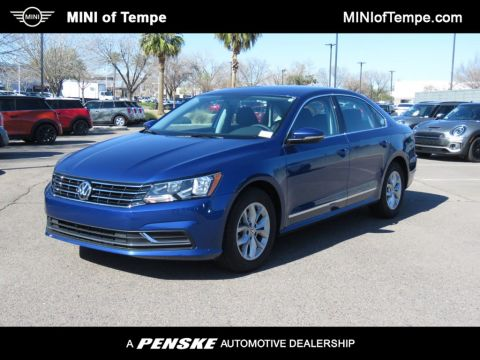Pre-Owned 2017 Volkswagen Passat 1.8T S Automatic